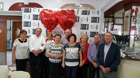 La asociación de pensionistas y jubilados 'Sagrado Corazón' de Los Montesinos ofrece una jornada de convivencia por el XIX aniversario de su constitución