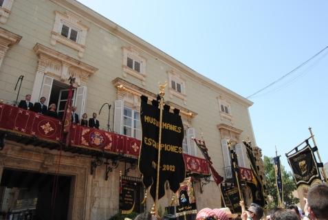 El Ayuntamiento de Orihuela y la Junta Central de la Asociación de Moros y Cristianos suspenden la celebración de las Fiestas de la Reconquista y de Moros y Cristianos por la crisis sanitaria del coronavirus