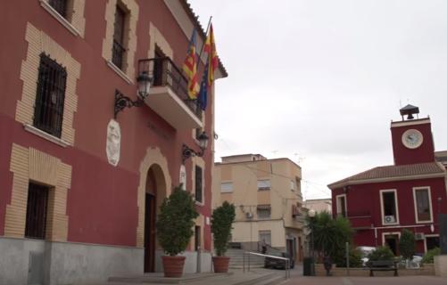 El Ayuntamiento de Redován propondrá en el Pleno municipal de mayo la suspensión de la tasa de terrazas de bares y restaurantes del municipio