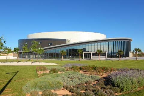 El Auditorio Internacional de Torrevieja devolverá el importe de las entradas de los espectáculos aplazados hasta un mes antes de la nueva fecha
