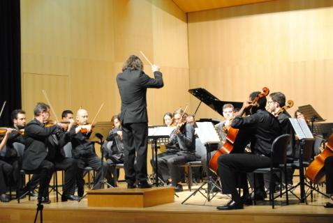El área de Cultura de la Diputación de Alicante reparte un total de 13.000 euros de ayudas para la campaña de difusión de música y teatro en la comarca de la Vega Baja