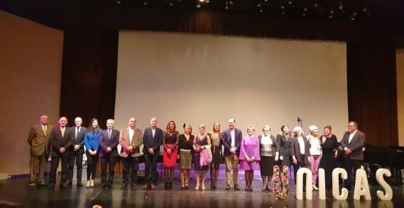 II Gala de la Mujer Oriolana, con entrega de los premios 'Únicas' a siete mujeres distinguidas, en Orihuela (6 marzo 2020)_63