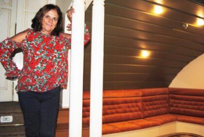 """Cari Antón, directora de la obra musical 'Gracias por venir': """"El público no va a parar de reír durante toda la obra. Hay mucha comedia, risas y números musicales en directo que recuerdan a Lina"""""""