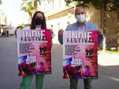 Benejúzar, evento cultural: Venta de entradas para el Festival Indie con 'Sr. Aliaga' y dj Toño, organizado por la Concejalía de Fiestas y Globalplay, dentro de las fiestas patronales de la Virgen del Rosario y de Moros y Cristianos